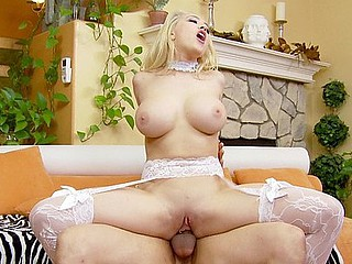Kagney Linn Karter's meatballs are the stars of this scene.  Large, round, plus enveloping, they feel overpriced when they're wrapped around your dick.  Kagney Linn goes for the large rods plus every time receives the maximum joy widely of fucking 'em.