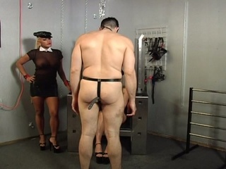 Horny guy chained delimited and whipped