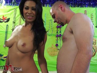 cassandra cruz gets her perfect plunder licked