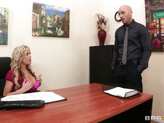 hawt blonde with an eye to bowels brute fuced on the top of say no to desk