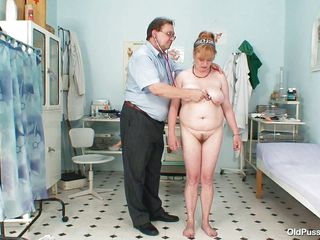 that babe is a big woman and her doctor is a pervert. He has no interest in examining her for what is wrong with her. He is trying to turn her on and satisfy his fetish of fingering the private parts of the aged woman. He is taking his time on every part trying to give it maximum stimulation.