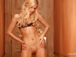threadlike oiled blonde has her situation
