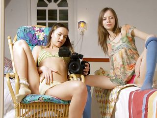 ivana and gloria in a lustful duett
