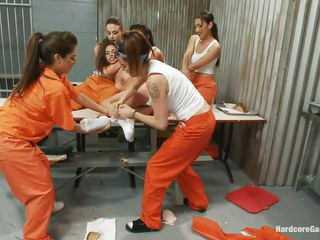 borders in the women prison