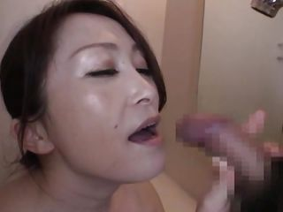 nippon milf gives amazing sloppy oral job