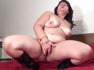 fatty mature showing her hunger for sex.