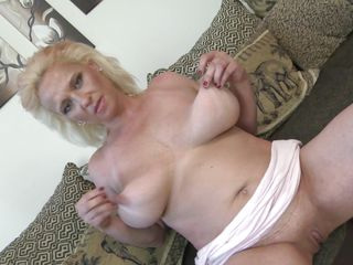 blonde older can't live without her breasts