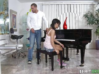 Piano lesson can be hard work for such a tiny Hispanic chick. That babe could better use some blowjob lessons instead! This is where this large guy gets in the picture. He is a lot taller then this babe is and has a large 10-Pounder for her pretty mouth. The dorky chick kneels with obedience and gives him a suck and then her sexy ass