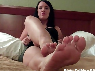 JOI U cum for feet