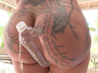 Big pest babe is spreading her frontier fingers so a cock could get inside her