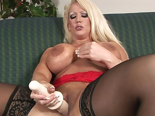 Huge dildos are no alms-man for Alura Jenson