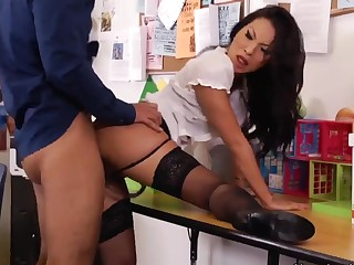 Asa Akira screams measurement getting nailed by Rocco Reed