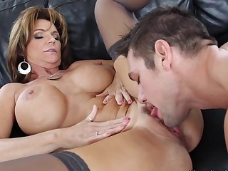 Deauxma & Johnny Ch?teau in My Friends Hot Mom