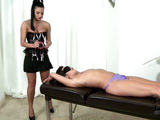 Enervated blindfolded man receives dominated b