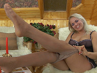 Susanna&Robin screened whilst pantyhosefucking