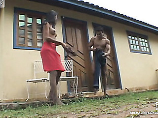 Edacious t-girl and muscle stud surrender down alfresco butt-banging frenzy