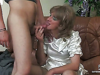 Connor&Pete blissful crossdresser movie