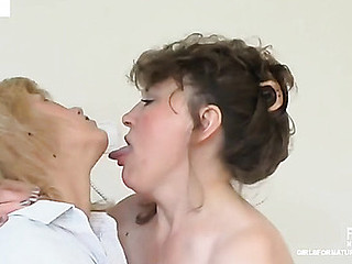 Rebecca&Emmanuel pussyloving older on affair