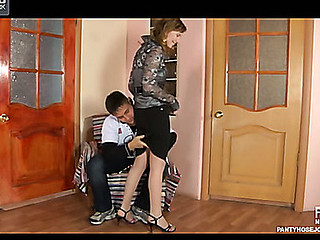 Dorothy&Govard awesome hose job clip