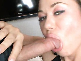 Nasty Dark brown Hair Blows Rod Swallows Cum