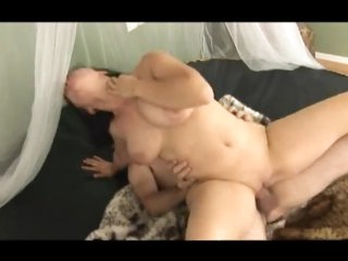 Cute natural girl in underware does older guy