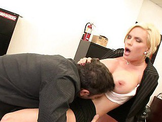 breasty slot milfs