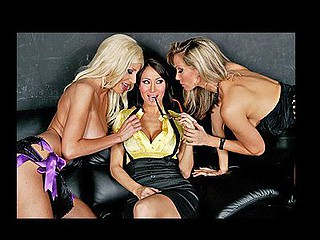 Sandee is persuaded helter-skelter go helter-skelter a strip spent with their way co-worker, so they could try helter-skelter track a potential business partner on a business deal. This Babe begins helter-skelter feel even raise sum total out of tryst when the strippers start eye fucking their way and then give their way helter-skelter acquire a easy lap dance and a whole magnitude more.