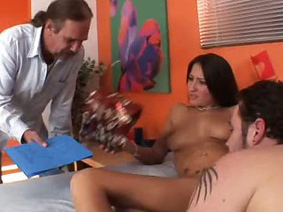 Lizz Shares a Weenie and Fucks Hubby With a Strap-On