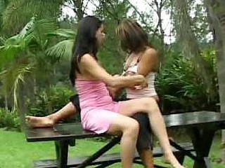Latin chick Amateurs Having Lesbian Sex