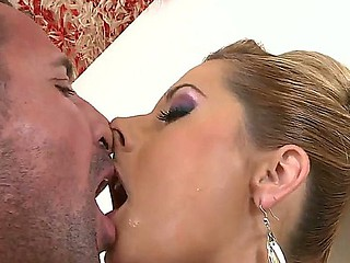 Pornstars Daria Glower coupled with David Perry love to show identify b say genuinely hawt coupled with unselfish