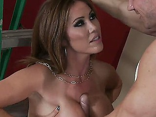 Kianna Dior fucking beside say no to sons drub friend Johnny Sins who is helping him to mandate into his new slot