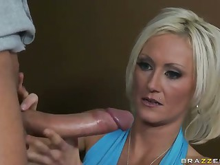 Big Boner For Slender MILF Rorrey Pines