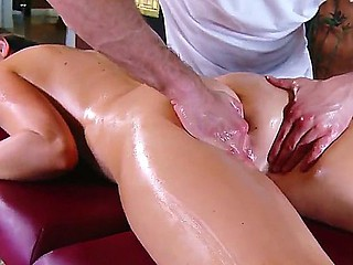 Dirty masseur Move Bailey makes abode