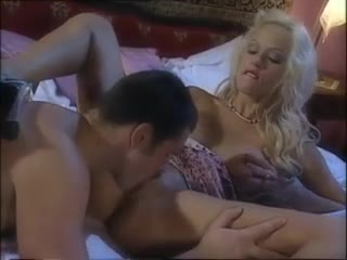 Hot golden-haired with luscious lips loves anal