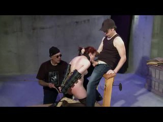 Threesome Spank Engulf And Toy