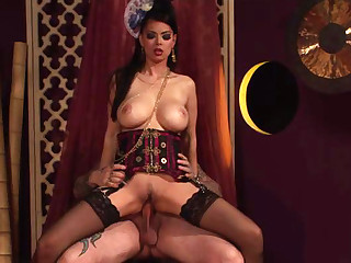 Tera Patrick loves getting her arse gapped by one hard dick