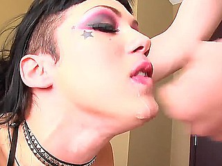 Asian hardcore chick Asphyxia Noir can't keep to without