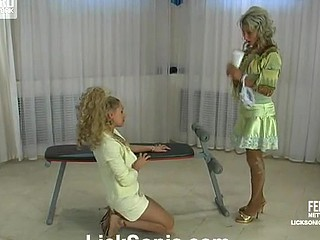 Cornelia&Susanna slutty lesbo video scene