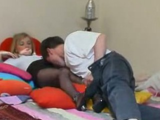Leah&Harry swank pantyhose episode