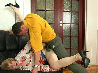 Elinor&Donald white-hot sexy aged clip