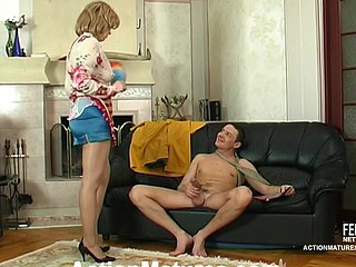 Suggestive mature housewife desirous for anything around satisfy her dong-hungry muff
