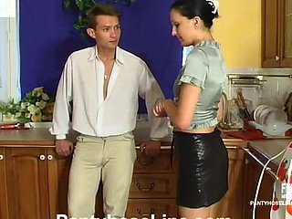 Laura&Rupert screened during the time that pantyhosing