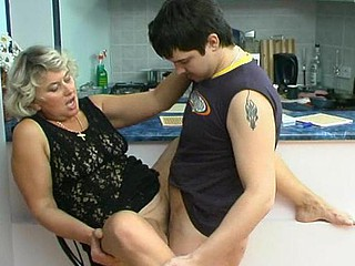 Margaret&Adam lecherous mama on dare scene